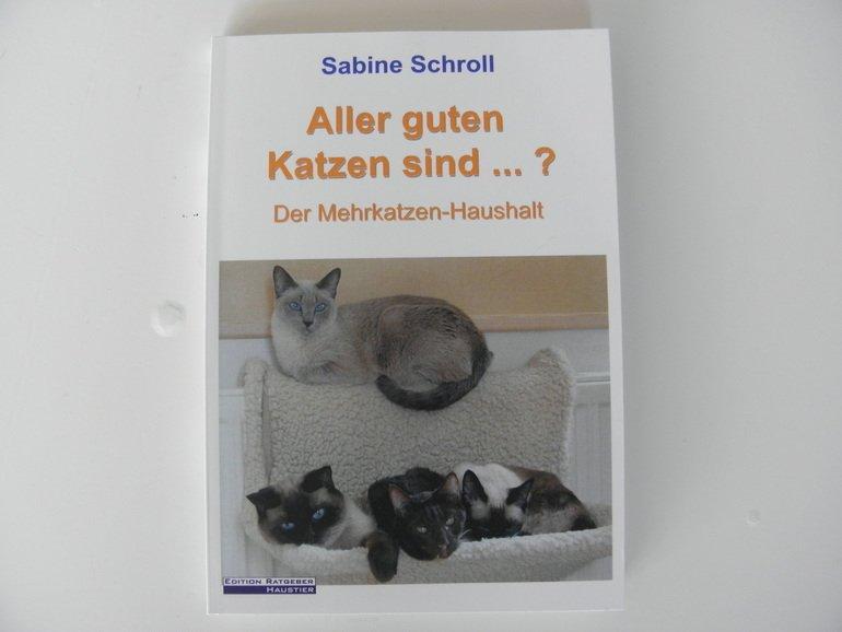 """Rezension: Sabine Schroll """"Aller guten Katzen sind…?"""""""